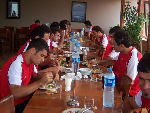 گزارش تصویری از اردوی تیم فوتبال داماش گیلان در ترکیه (۲)